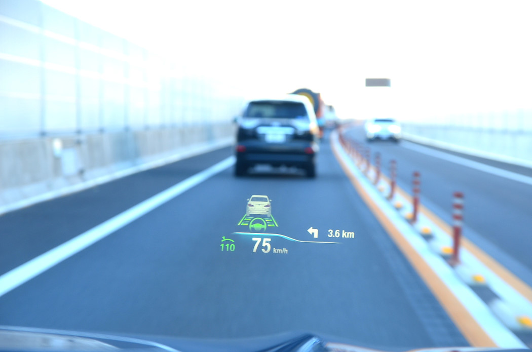BMW X3 20dヘッドアップディスプレイ