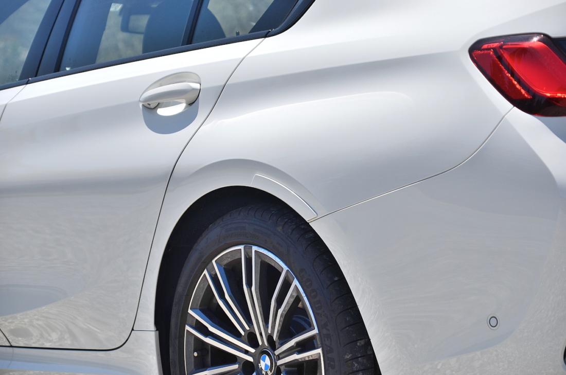 BMW3シリーズ 整流板