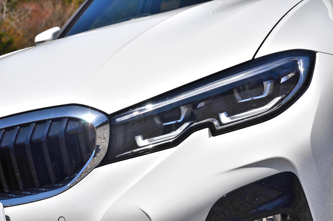 BMW3シリーズ ヘッドライト