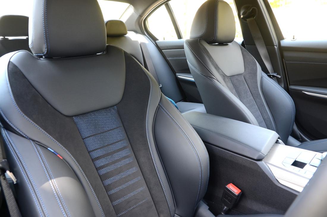 BMW3シリーズ フロントシート