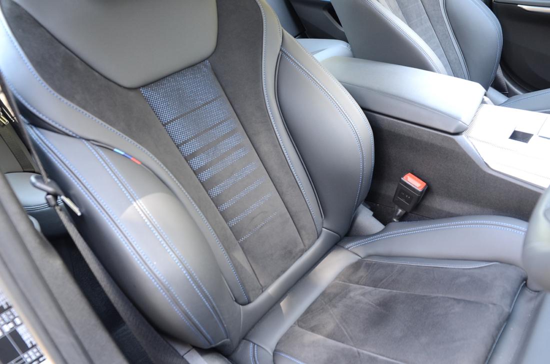 BMW3シリーズ シート アルカンターラ